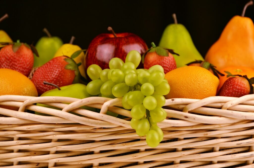 frutas de temporada mercado de san Fernando frutería mercado de san Fernando frutería Abascal Olmedo