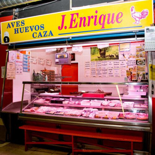 mercado de san Fernando polleria Jose Enrique carne para barbacoas mercado de abastos sitos de carne Madrid carne primera calidad carne a buen precio